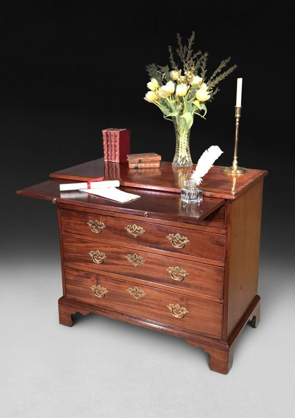 Georgian Mahogany & Rosewood Crossbanded Chest of Drawers