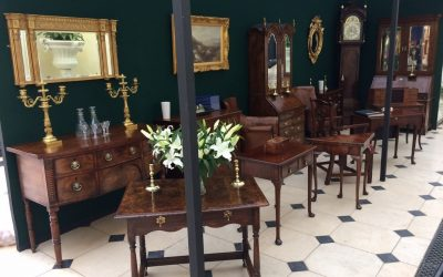 3 important points when buying antique furniture